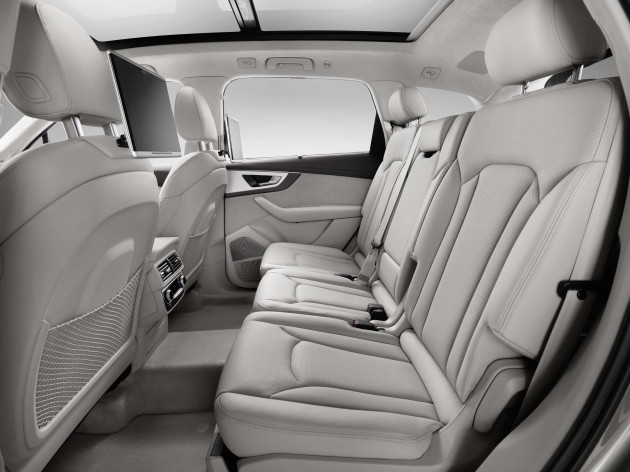Audi Q7 Second Generation 7 Seater Suv Debuts