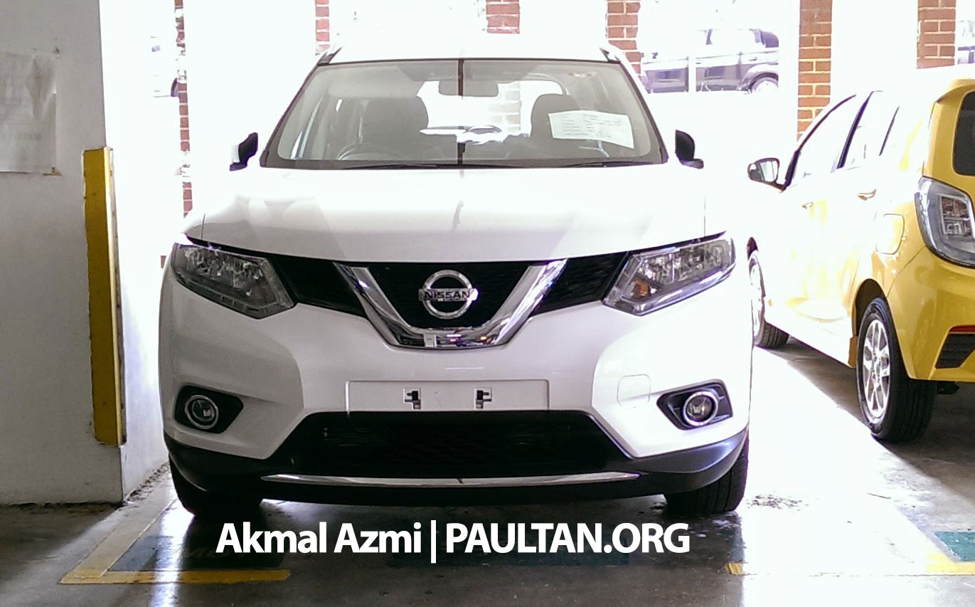 spyshots 2015 nissan x trail 2 0 2wd spotted in malaysia. Black Bedroom Furniture Sets. Home Design Ideas