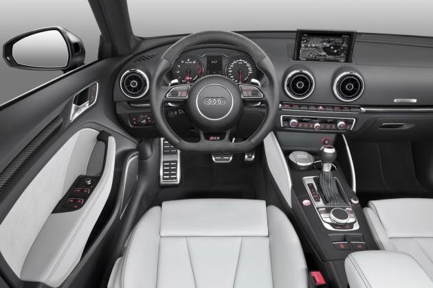 Audi-RS3-Sportback-001
