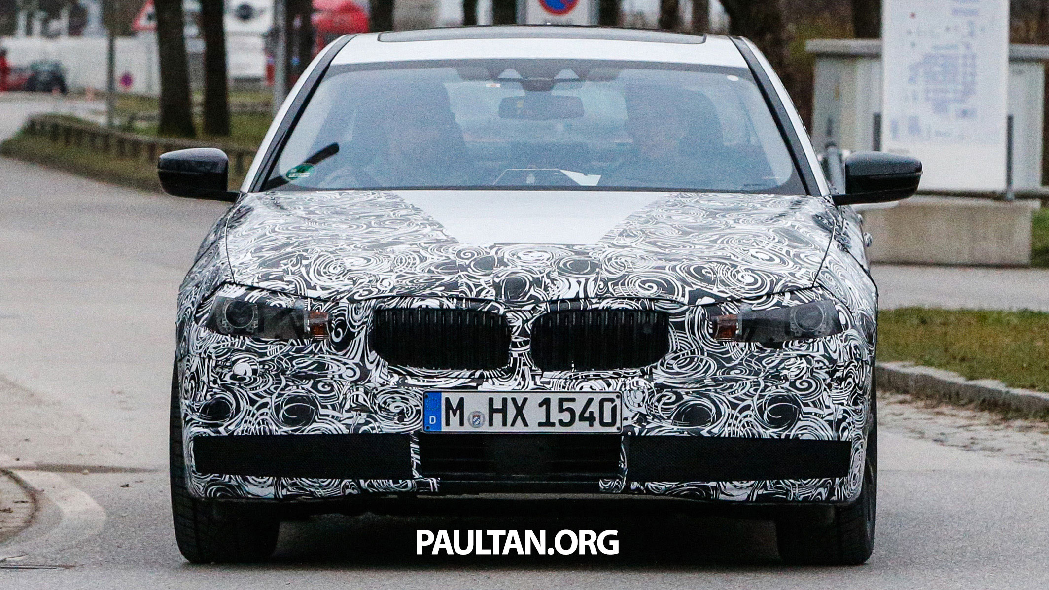 spyshots g30 bmw 5 series shows clearer details. Black Bedroom Furniture Sets. Home Design Ideas