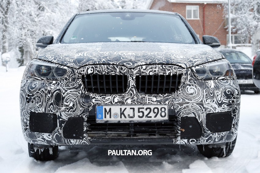 New BMW X1 – F48's front end spotted undisguised! Image #304968