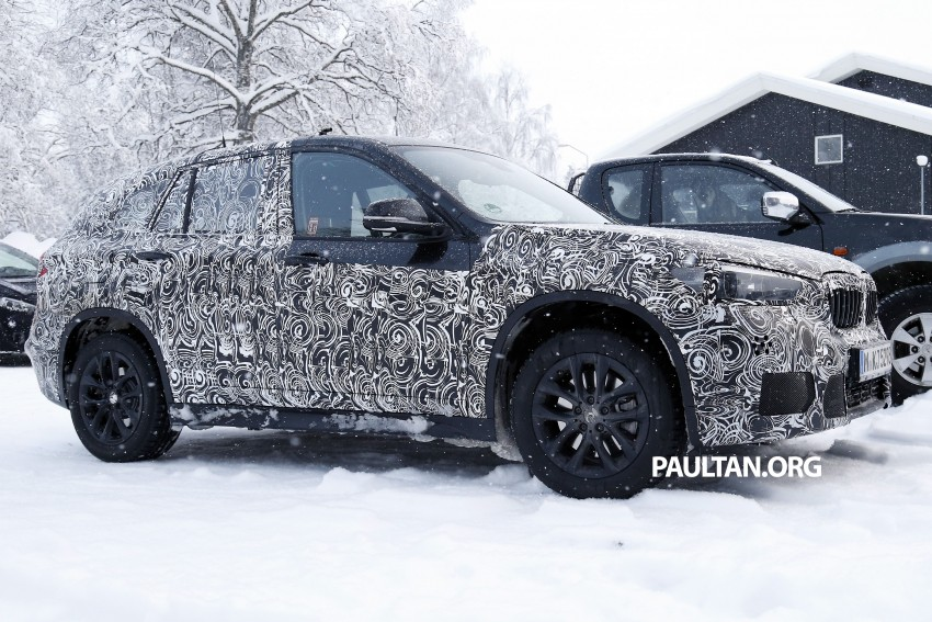 New BMW X1 – F48's front end spotted undisguised! Image #304963