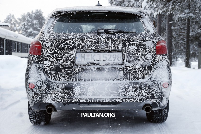 New BMW X1 – F48's front end spotted undisguised! Image #304967