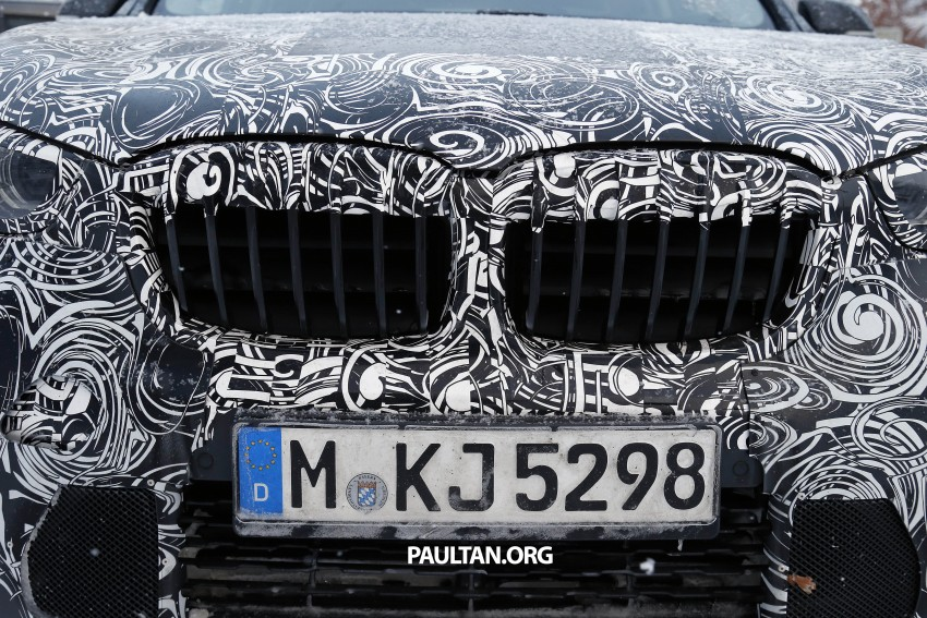 New BMW X1 – F48's front end spotted undisguised! Image #304966