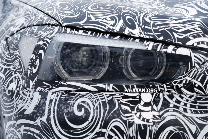New BMW X1 – F48's front end spotted undisguised! Image #304964