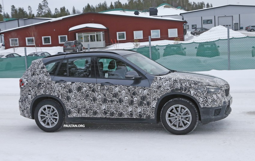 SPIED: F48 BMW X1 – FWD SUV loses some camo Image #319312
