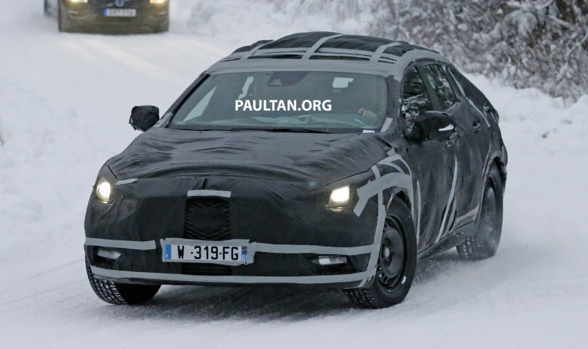 SPYSHOTS: Infiniti Q30 goes winter testing in France Image #299107