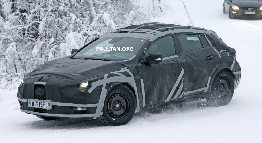 SPYSHOTS: Infiniti Q30 goes winter testing in France Image #299108