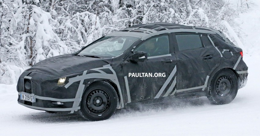 SPYSHOTS: Infiniti Q30 goes winter testing in France Image #299109