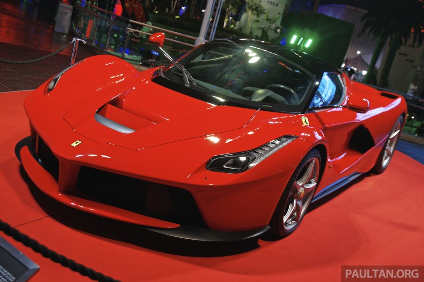 GALLERY: LaFerrari shown at Ferrari World Abu Dhabi Image #295120