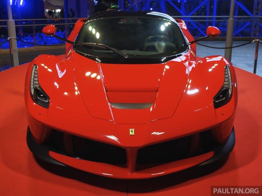 GALLERY: LaFerrari shown at Ferrari World Abu Dhabi Image #295121