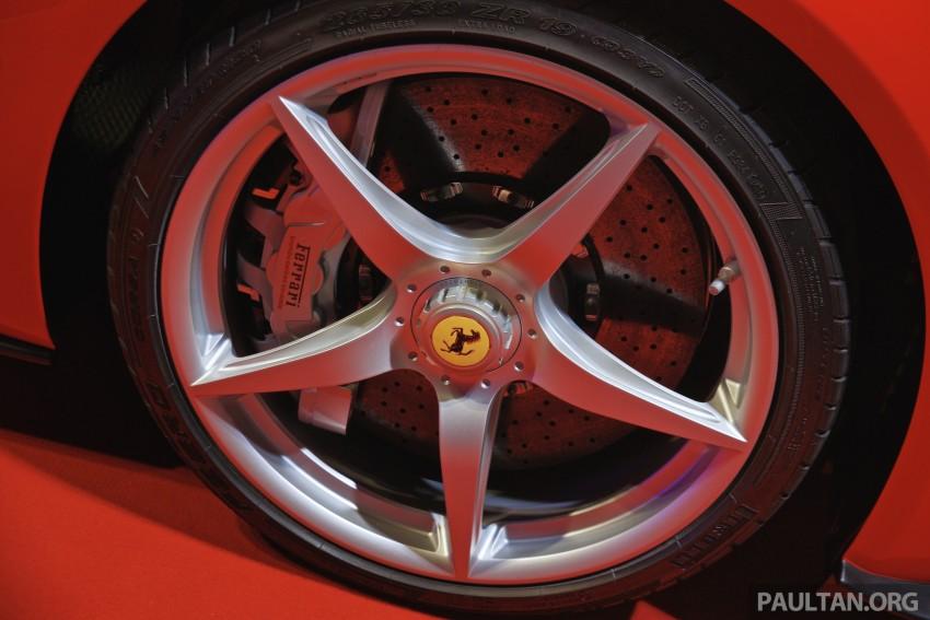 GALLERY: LaFerrari shown at Ferrari World Abu Dhabi Image #295123