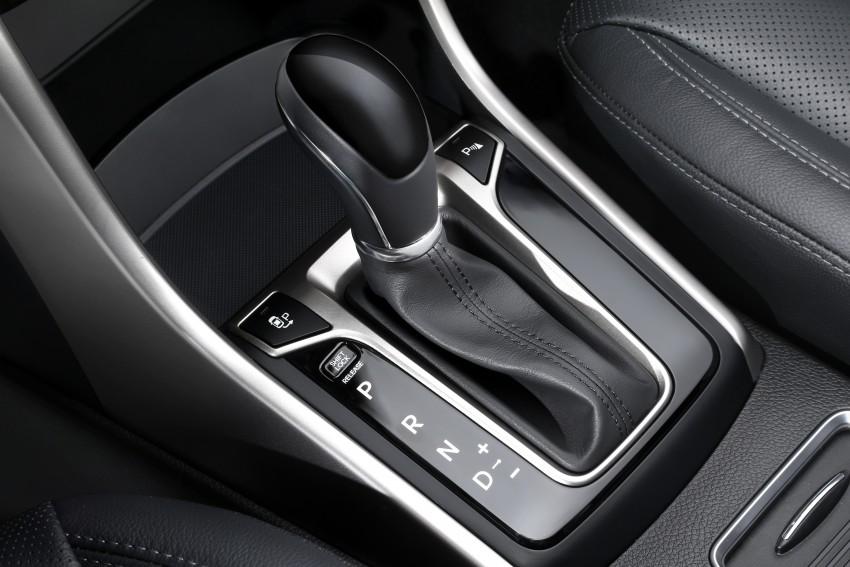 Hyundai i30 facelift debuts with new Turbo variant Image #295217
