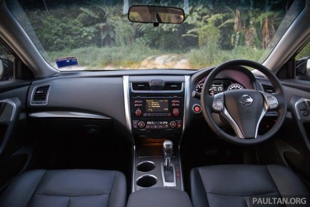 Nissan-Teana-2.0XL-23
