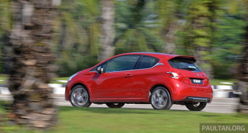Ford Fiesta ST vs Peugeot 208 GTi vs Renault Clio RS – which one is the best hot hatch on sale in Malaysia? Image #297930