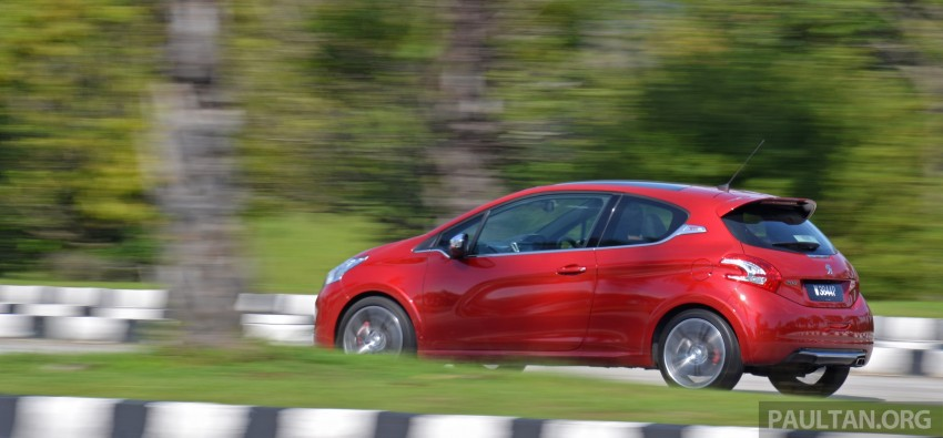 Ford Fiesta ST vs Peugeot 208 GTi vs Renault Clio RS – which one is the best hot hatch on sale in Malaysia? Image #297931