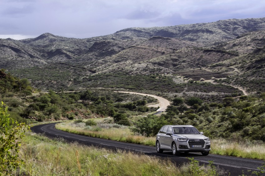 Audi Q7 – second generation 7-seater SUV debuts Image #329357