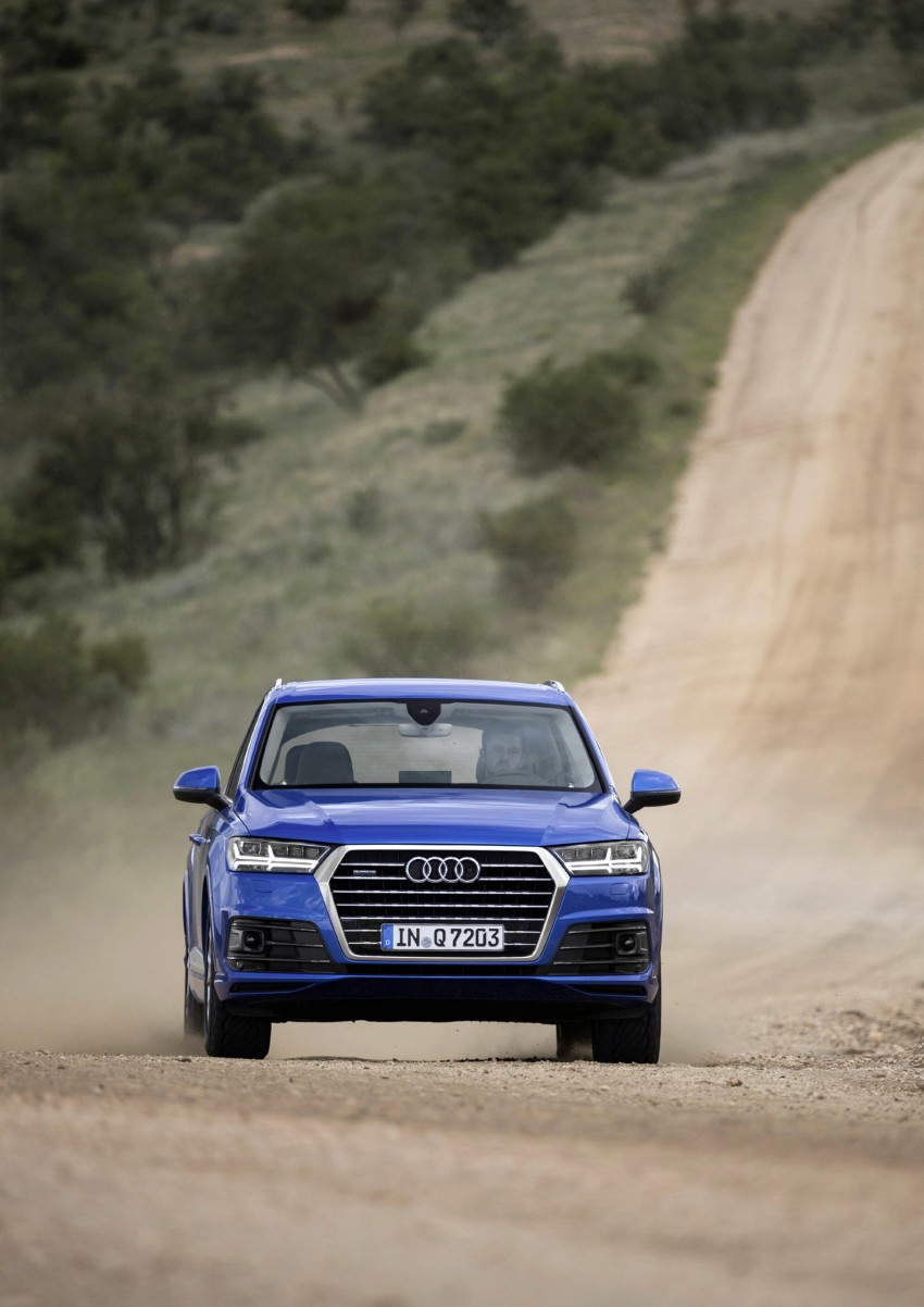 Audi Q7 – second generation 7-seater SUV debuts Image #329369