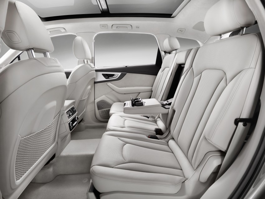 Audi Q7 – second generation 7-seater SUV debuts Image #336979