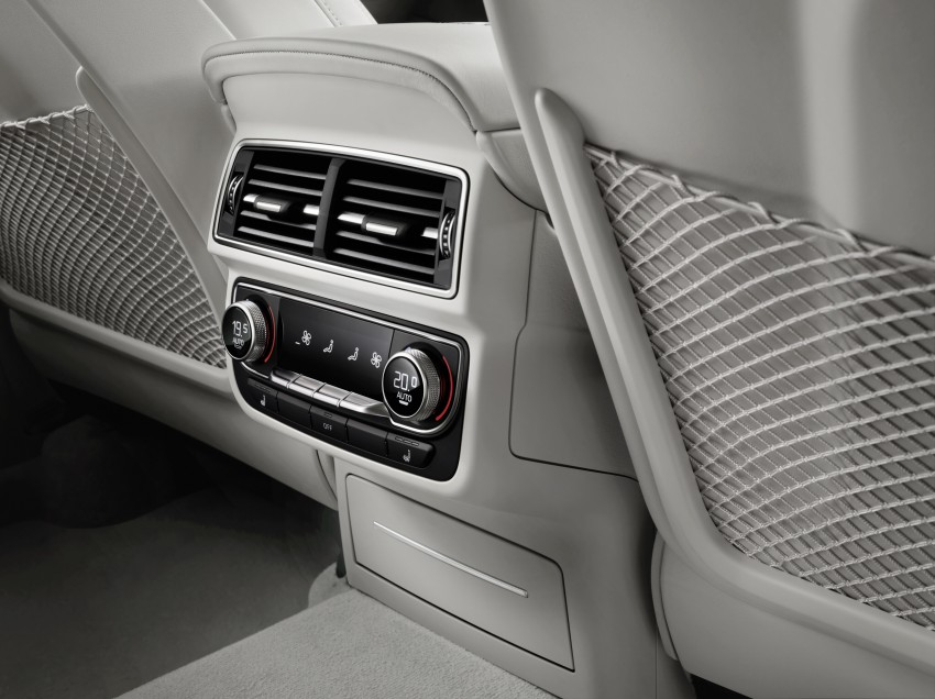 Audi Q7 – second generation 7-seater SUV debuts Image #336981