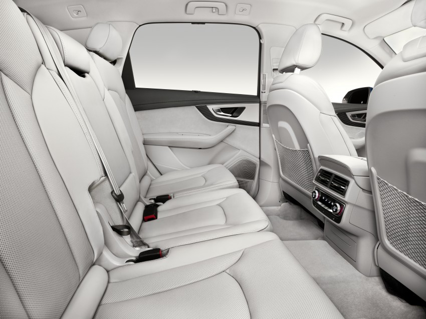 Audi Q7 – second generation 7-seater SUV debuts Image #336971