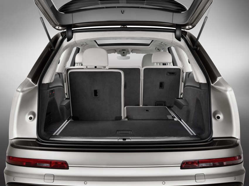 Audi Q7 – second generation 7-seater SUV debuts Image #336975