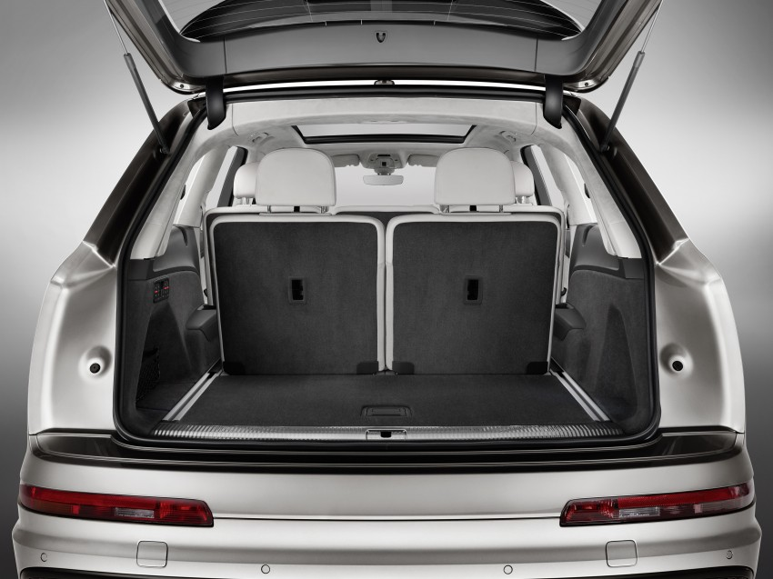 Audi Q7 – second generation 7-seater SUV debuts Image #336973
