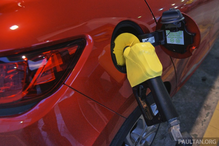 Fuel prices in Malaysia to fall further – Ahmad Maslan Image #294729