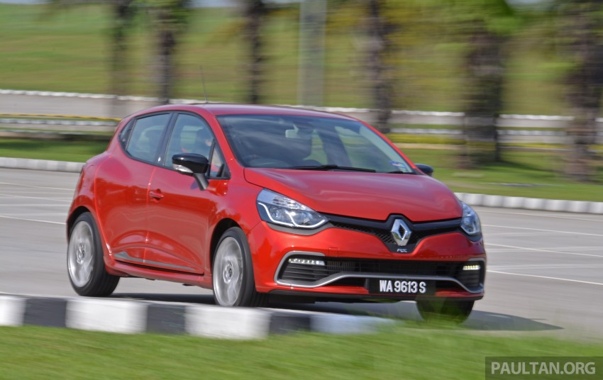 Ford Fiesta ST vs Peugeot 208 GTi vs Renault Clio RS – which one is the best hot hatch on sale in Malaysia? Image #297981