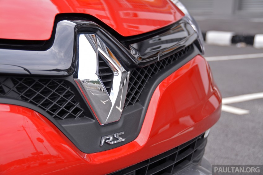 Ford Fiesta ST vs Peugeot 208 GTi vs Renault Clio RS – which one is the best hot hatch on sale in Malaysia? Image #298018