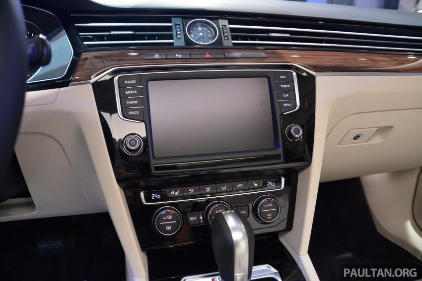 GALLERY: Volkswagen Passat B8 shown at Das Event Image #294904