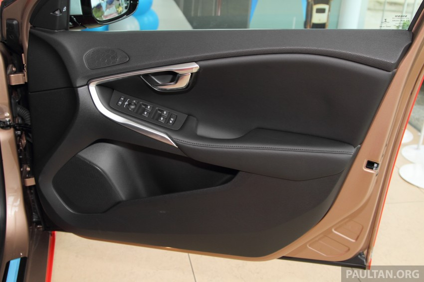 Volvo V40 Sports Edition – T5 gets RM10k add-on pack Image #294273