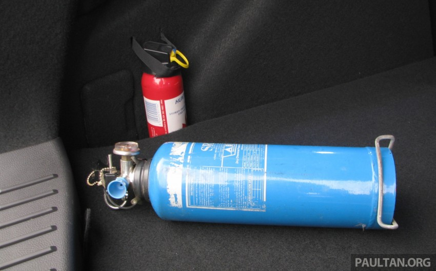 Fire extinguishers a must for your car – KL fire dept Image #293464