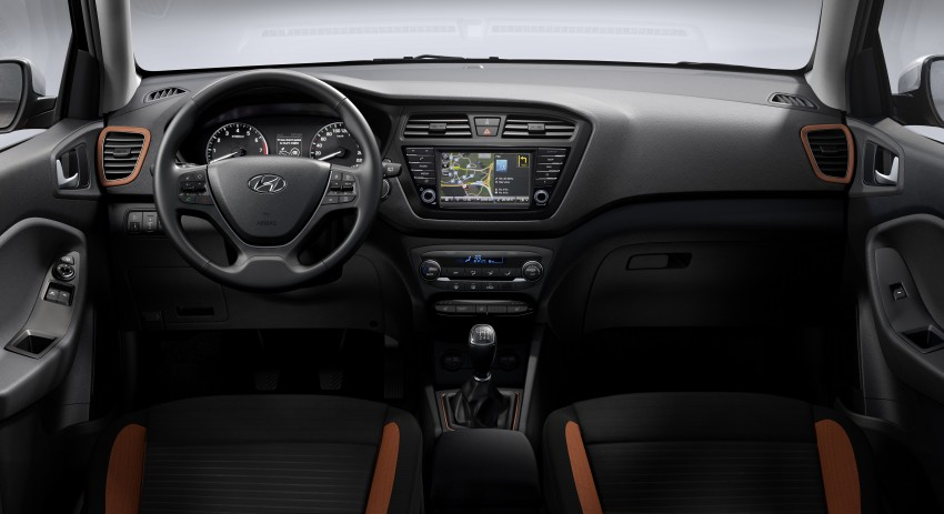 Hyundai i20 Coupe – sporting up, the three-door route Image #295153