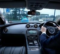 jaguar-land-rover-360-urban-virtual-ghost-car-2