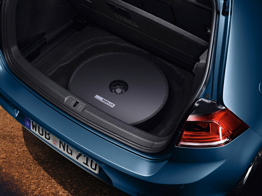 Volkswagen Plug and Play sound system illustrated
