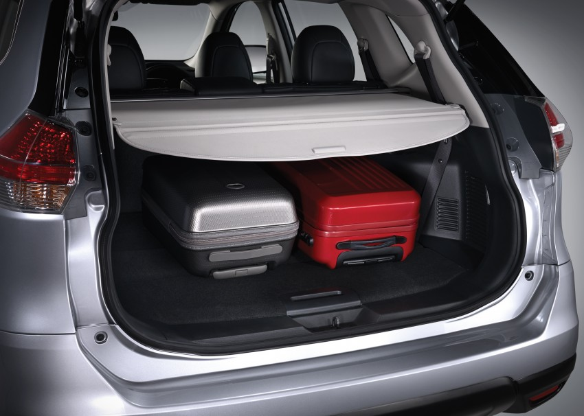2015 nissan x trail launched in malaysia from rm143k paul. Black Bedroom Furniture Sets. Home Design Ideas