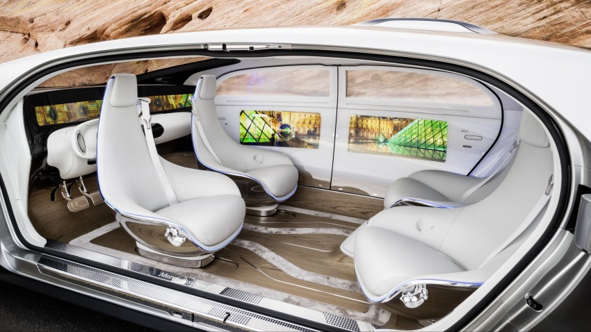 Mercedes-Benz F 015 Luxury in Motion debuts at CES Image #300843
