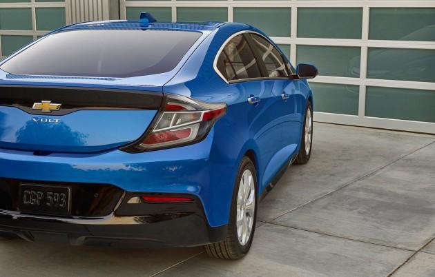 2015 Chevrolet Volt-08