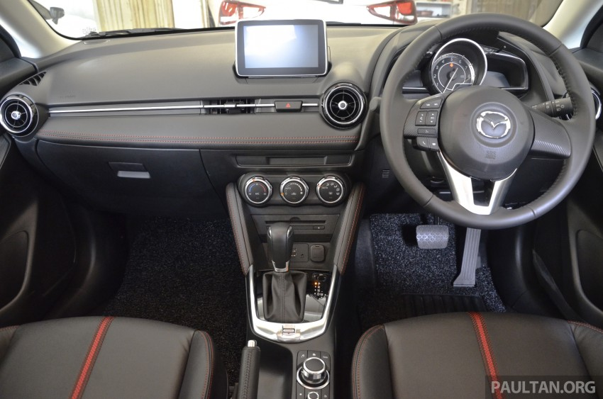 2015 Mazda 2 1.5 launched – hatch and sedan, RM88k Image #306001