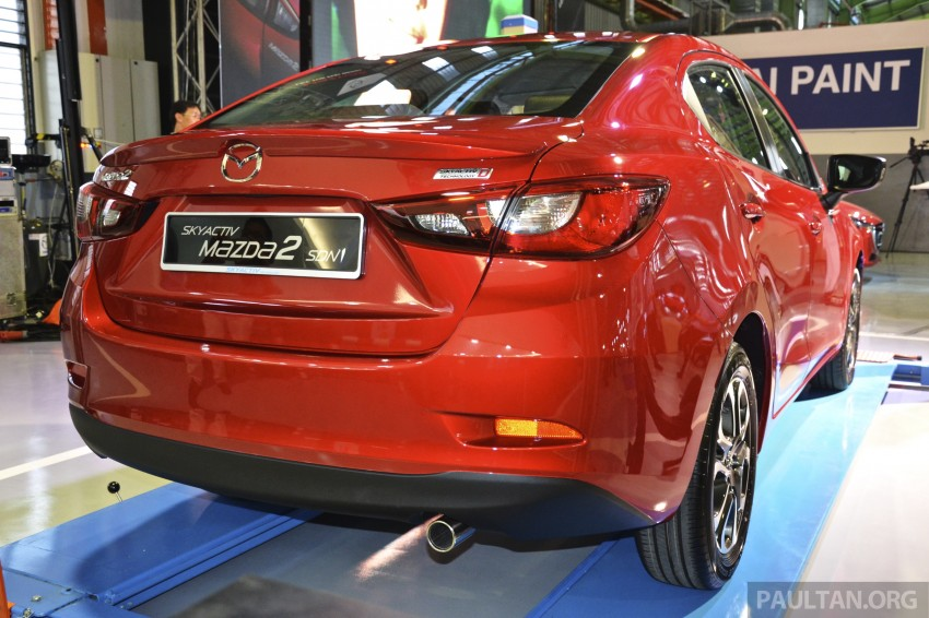 2015 Mazda 2 1.5 launched – hatch and sedan, RM88k Image #306077