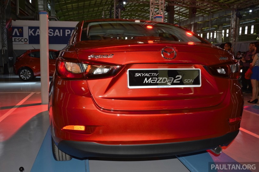2015 Mazda 2 1.5 launched – hatch and sedan, RM88k Image #306066
