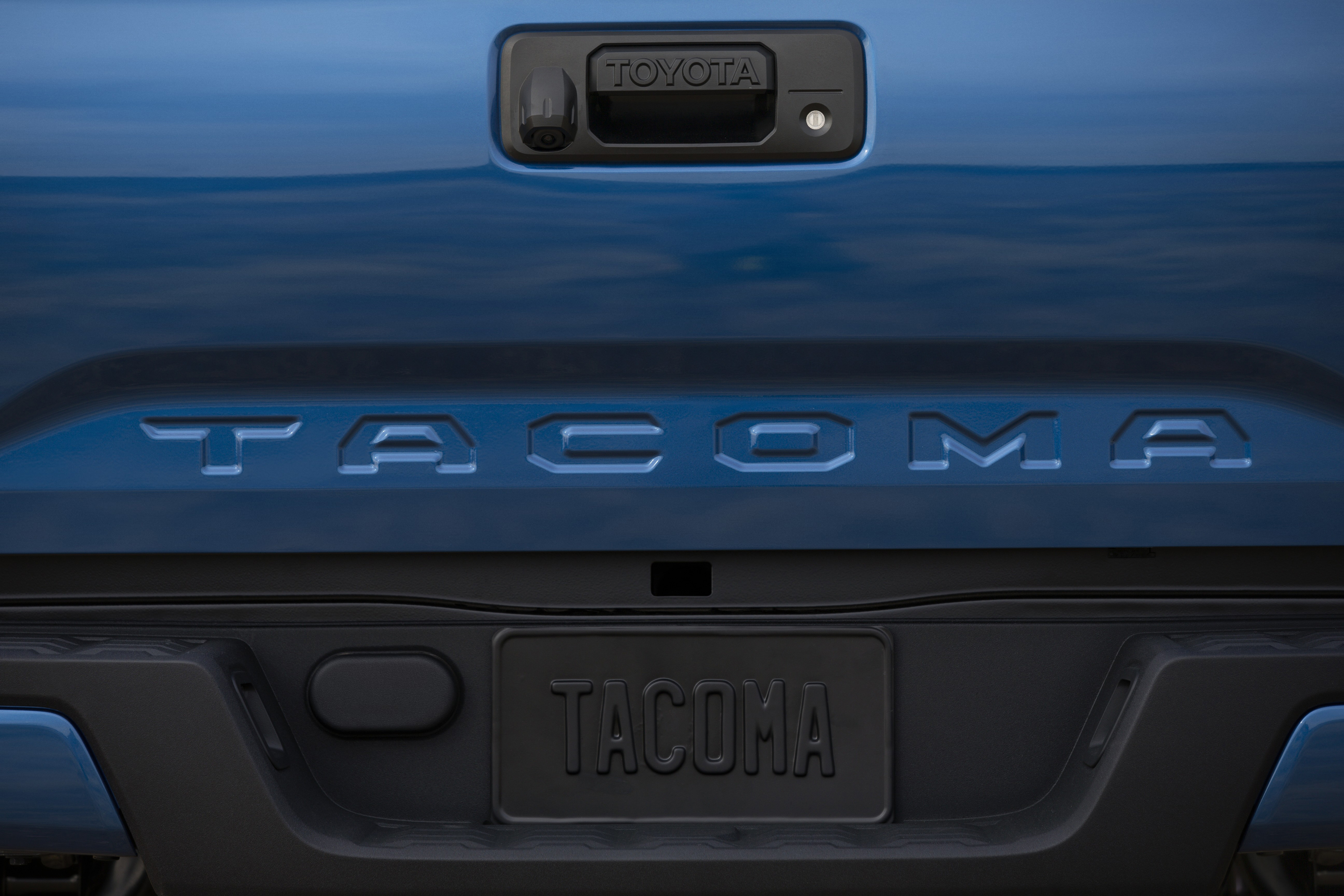 2016 Toyota Tacoma Breaks Cover At Detroit Auto Show Paul