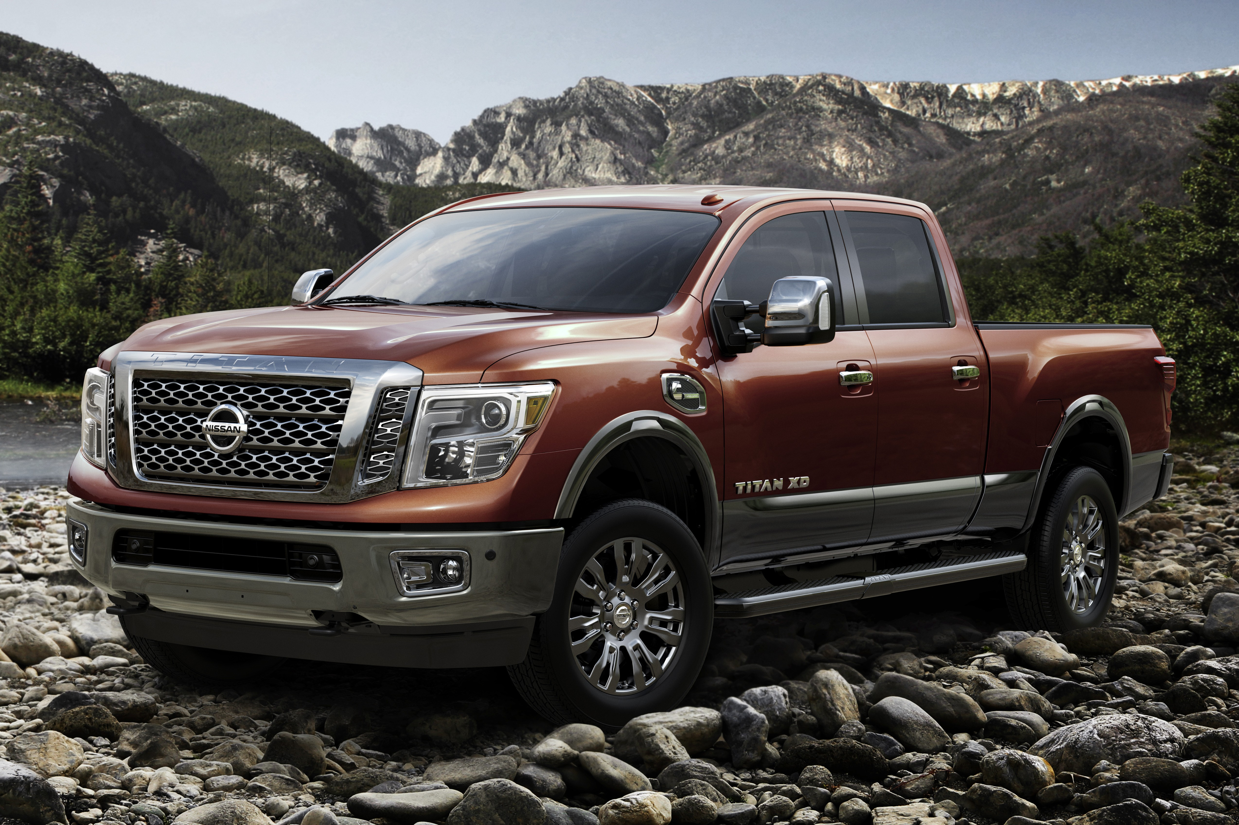 Nissan Titan XD shown – 752 Nm from 5.0 diesel V8 Image 303929