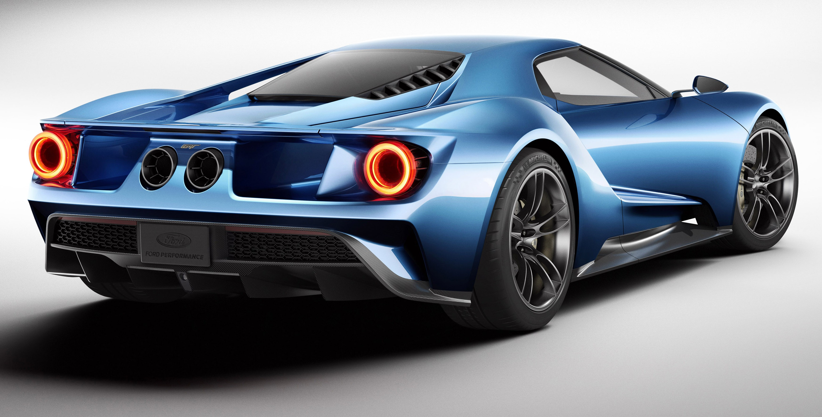 FORD GT Names 2015 North American Most Significant Concept Vehicle Of The Year