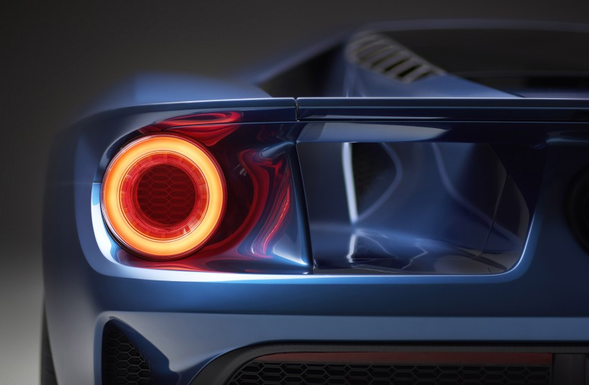 Ford GT roars back to life with 600 hp 3.5 EcoBoost V6 Image #302592
