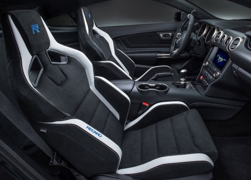Shelby GT350R – the 5.2 V8 track-ready Ford Mustang Image #302679