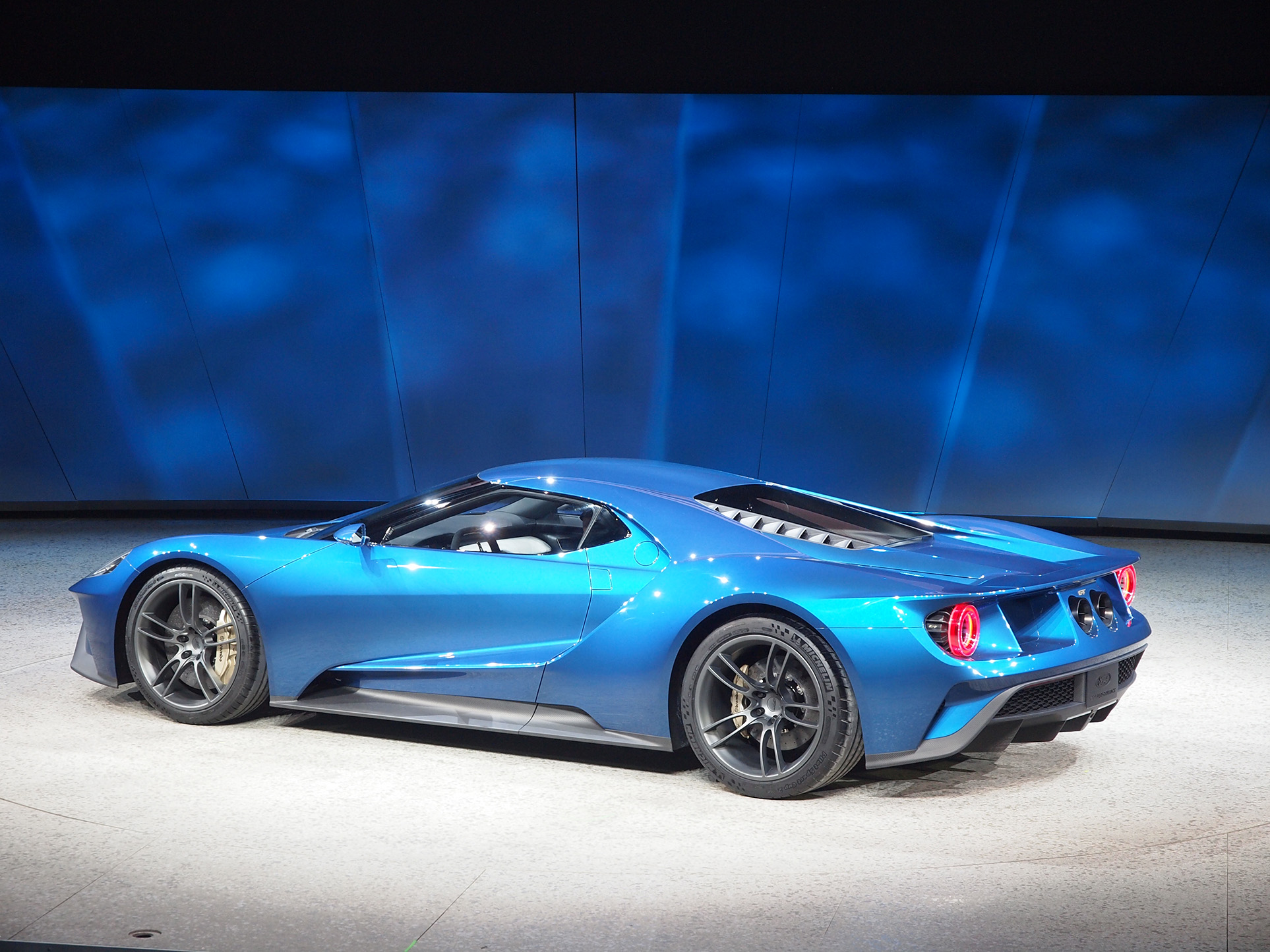 Ford Gt Roars Back To Life With   Ecoboost V Paul Tan Image