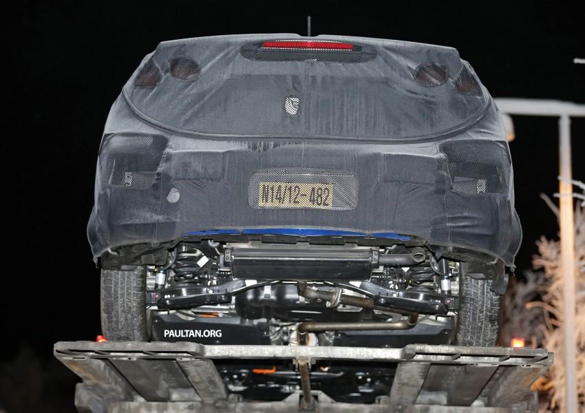"SPYSHOTS: Hyundai ""AE"" Prius-fighter dedicated hybrid seen wearing production body Image #305290"