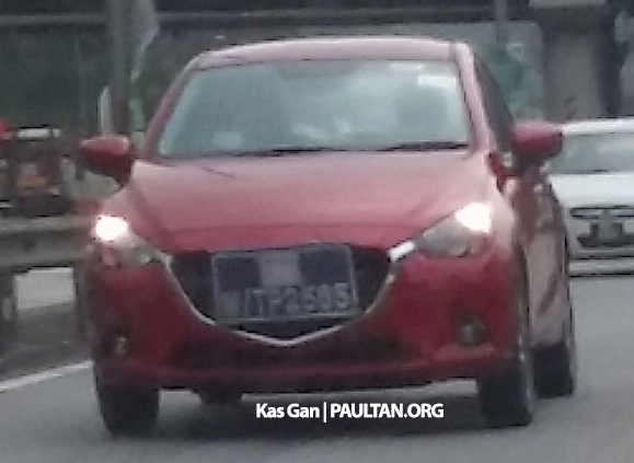 SPIED: 2015 Mazda 2 hatchback spotted in Malaysia Image #305717